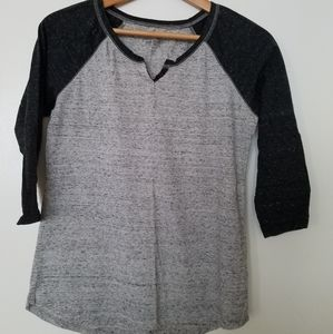 Grey and black quarter sleeve shirt